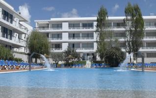 pool vista